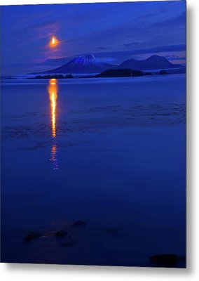Moon Rise Over Mt. Edgecumbe Metal Print by Mike  Dawson