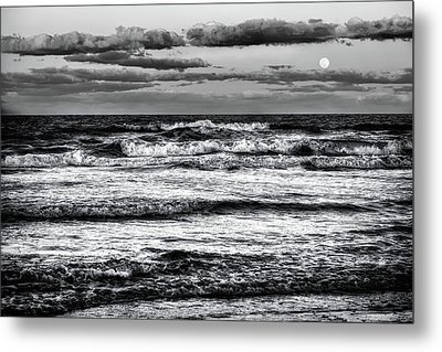 Metal Print featuring the photograph Moon Rising  by Louis Ferreira