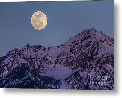 Metal Print featuring the photograph Moon Rising Over Twin Peaks by Spencer Baugh
