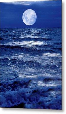 Moonlight Over The Ocean Metal Print