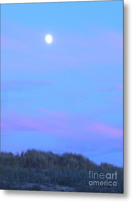 Moonrise At Ocean Beach 3 Metal Print