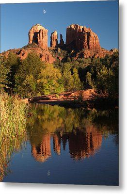 Metal Print featuring the photograph Moonrise Cathedral Rocks by Harold Rau