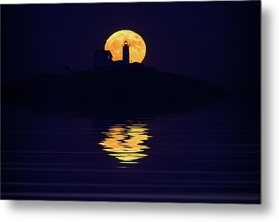 Moonrise Over Cape Neddick Metal Print by Rick Berk