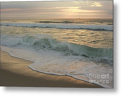 Metal Print featuring the photograph Morning  At The Beach by Nicola Fiscarelli
