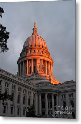Morning At The Capitol Metal Print by David Bearden
