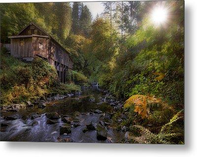 Morning Light Cedar Creek Grist Mill Metal Print by David Gn