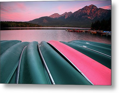 Morning View Of Pyramid Lake In Jasper National Park Metal Print by Mark Duffy