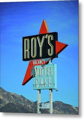 Motel Sign Metal Print by Rheann Earnest