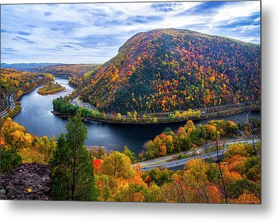 Metal Print featuring the photograph Mount Minsi by Mark Papke