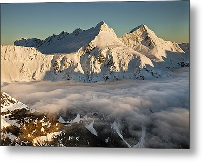 Mount Pollux And Mount Castor At Dawn Metal Print by Colin Monteath