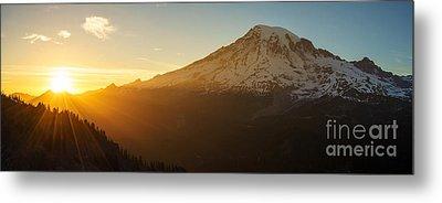 Mount Rainier Evening Light Rays Metal Print
