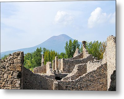 Mount Vesuvius Beyond The Ruins Of Pompei Metal Print