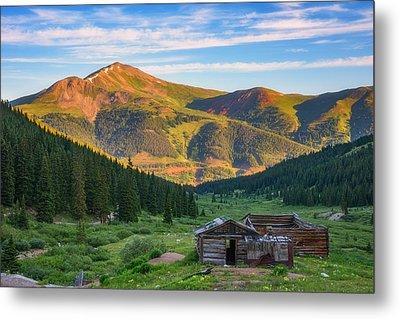 Mountain Views Metal Print by Darren White
