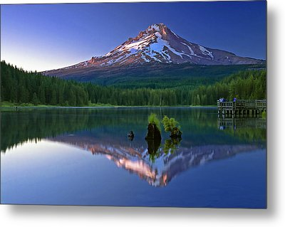 Mt. Hood Reflection At Sunset Metal Print by William Lee