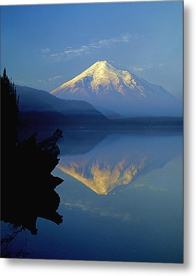 1m4907-v-mt. St. Helens Reflect V  Metal Print