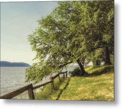 Mulberry On The Hudson Vintage Metal Print by Marianne Campolongo