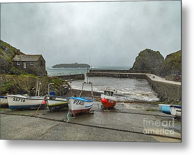 Metal Print featuring the photograph Mullion Cove Harbour by Brian Roscorla