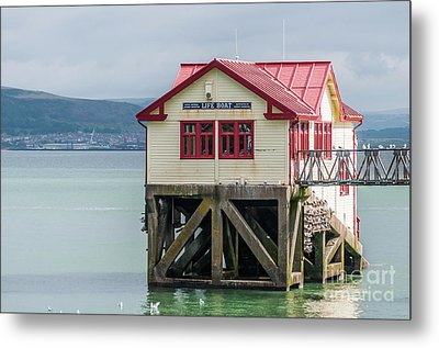 Mumbles Lifeboat House Metal Print by Steve Purnell