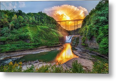 Mushroom Cloud Over Upper Falls Metal Print