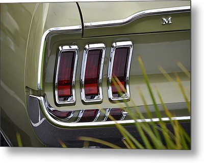 Mustang Fastback In Green Metal Print by Dean Ferreira