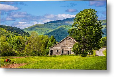 Metal Print featuring the photograph My Favorite Cabin In The Rolling Mountains by Paula Porterfield-Izzo