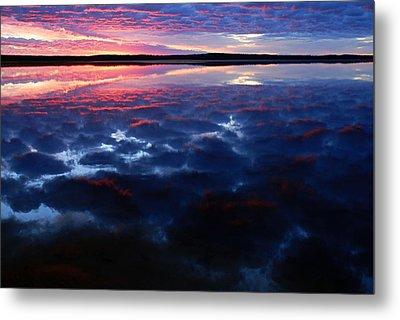 Namekus Lake Sunrise Metal Print by Larry Ricker