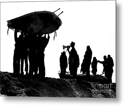 Navy Seals Hold An Inflatable Boat Metal Print by Michael Wood