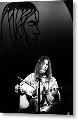 Metal Print featuring the photograph Neil Young 1976 by Chris Walter