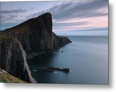 Neist Point Sunset - Isle Of Skye Metal Print by Grant Glendinning