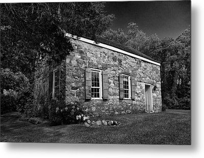Neldon - Roberts Stonehouse Montague New Jersey Black And White Metal Print by David Smith