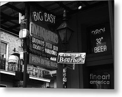Neon Sign On Bourbon Street Corner French Quarter New Orleans Black And White Metal Print
