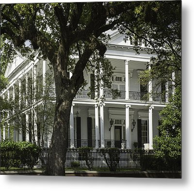 New Orleans Mansion Metal Print by Anne Witmer