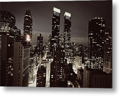New York After Dark Metal Print by Ariane Moshayedi