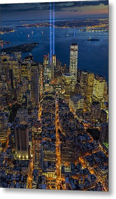 New York City Remembers September 11 - Metal Print by Susan Candelario