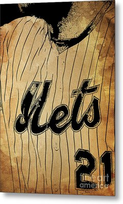 New York Mets 21 Red And Blue Vintage Cards On Brown Background Metal Print