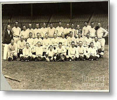 New York Yankees Baseball Team Posed Metal Print by Pg Reproductions