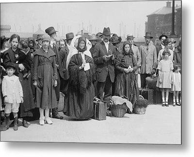 Newly Arrived European Immigrants Metal Print by Everett