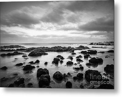 Newport Beach Tide Pools Black And White Photo Metal Print by Paul Velgos