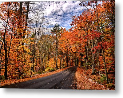 Nh Autumn Road 4 Metal Print by Edward Myers