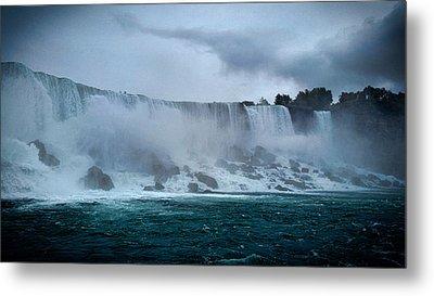 Niagara Falls Canada Metal Print by Martin Newman