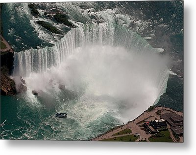 Metal Print featuring the photograph Niagara Falls by JT Lewis