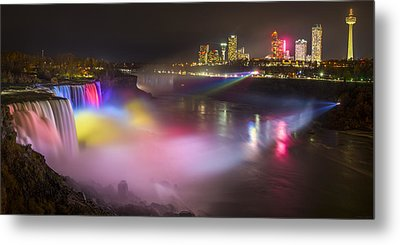 Metal Print featuring the photograph Niagara Rainbow by Mark Papke