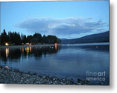 Metal Print featuring the photograph Night Fall by Victor K