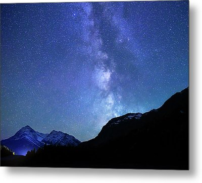 Metal Print featuring the photograph Night Sky In David Thomson Country by Dan Jurak