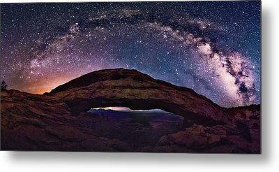 Night Sky Over Mesa Arch Utah Metal Print
