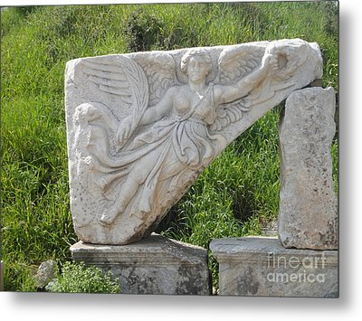 Nike Goddess Of Victory Metal Print by Parisa Maesumi