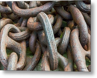 No Weak Links Metal Print by Brian Wallace