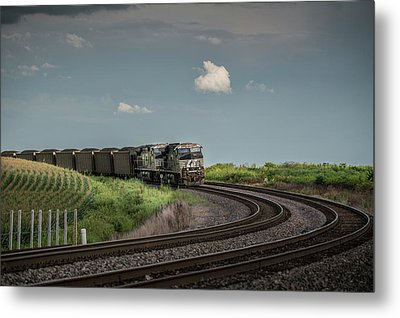 Norfolk Southern Railroad 7627 And 9825 At Princeton In Metal Print by Jim Pearson