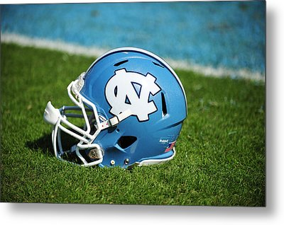 North Carolina Tar Heels Football Helmet Metal Print by Replay Photos