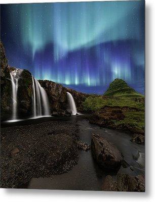 Northern Lights At Kirkjufellsfoss Waterfalls Iceland Metal Print by Larry Marshall